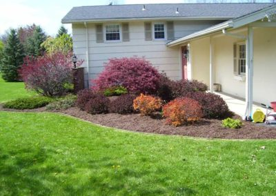 landscaping-mulching-ontario-webster-penfield-williamson-company