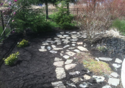 landscaping-mulching-ontario-webster-penfield-williamson-stone