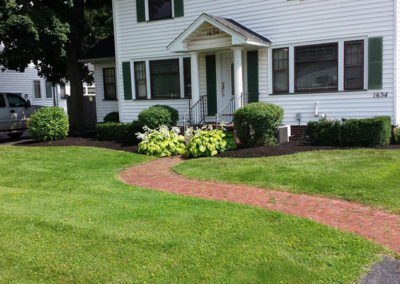 landscaping-ontario-webster-penfield-williamson-stone-mulch