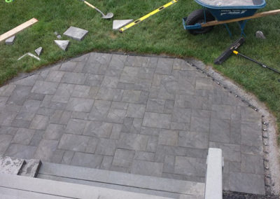 webster-hardscapes-rochester-ontario-penfield-patio-block-paver-yard